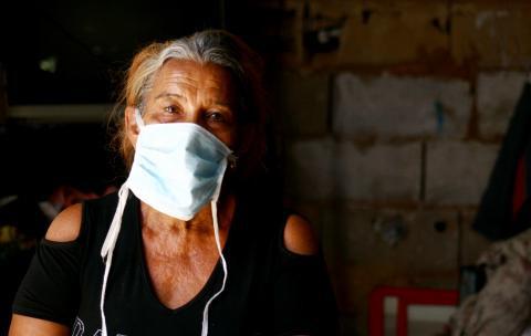 Kaffeförsäljaren Nuvis i Venezuela har på grund av pandemin blivit av med stora delar av sin inkomst och har inte längre har råd med mat.
