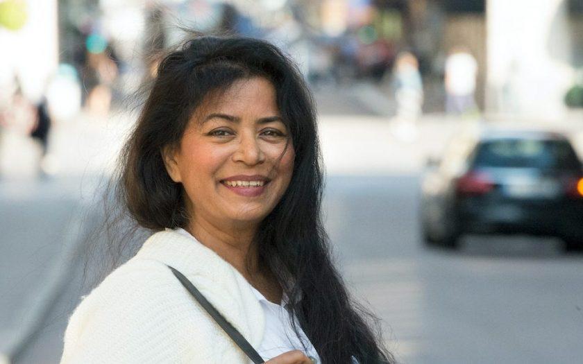 Jahanara Nuri har på grund av sitt arbete som journalist och författare tvingats lämna Bangladesh och fristad i Sverige undan sina förföljare. Nu skriver hon bland annat krönikor i OmVärlden.