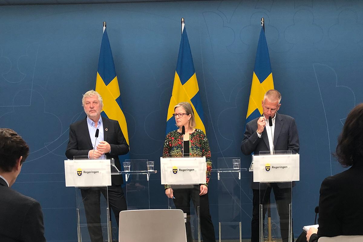 Peter Eriksson, minister för internationellt utvecklingssamarbete, Carin Jämtin, generaldirektör på Sida och Sveriges ambassadör för global hälsa, Anders Nordström.