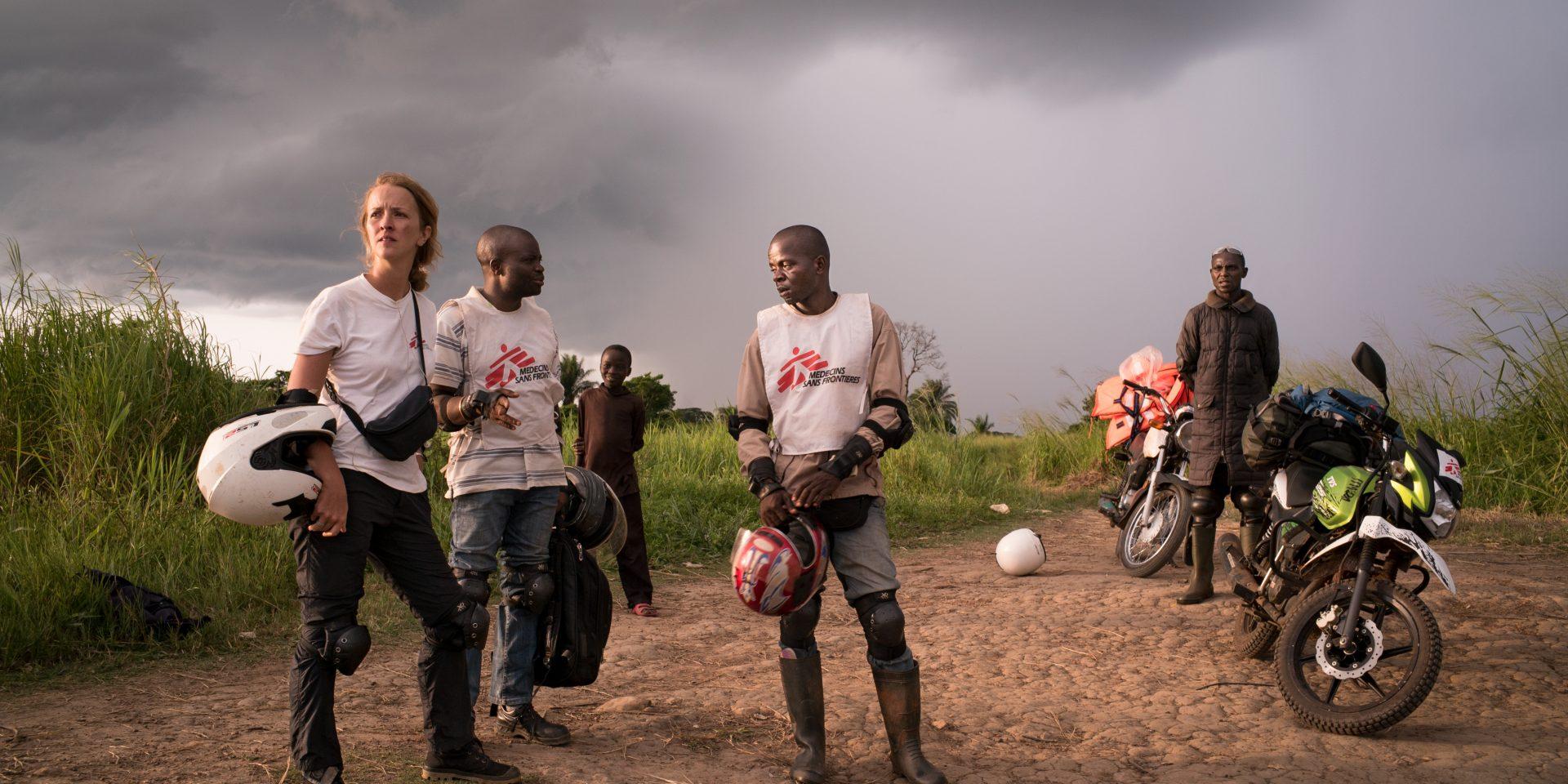 Ett av Läkare Utan Gränsers akutteam under en vaccinationskampanj i Kongo-Kinshasa.