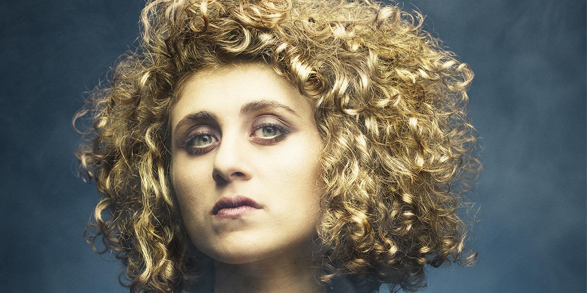 Kristina Issa, musiker, låtskrivare och kompositör, är aktuell med föreställningen Queen Zenobia.