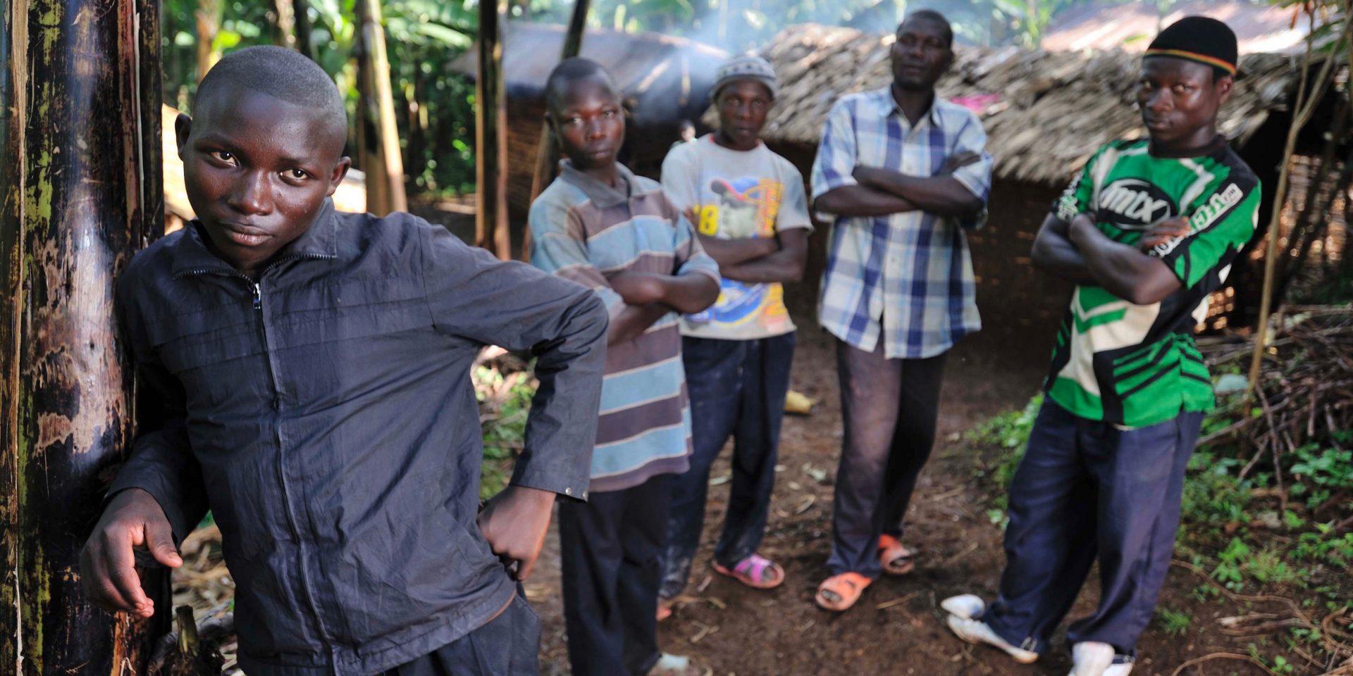 Mulume från Kongo-Kinshasa, främst i bilden, är en före detta barnsoldat som känner hopp för framtiden.