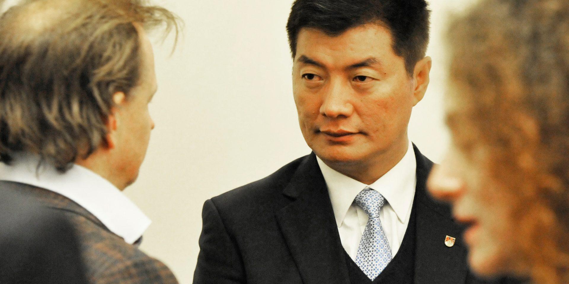 – Sverige och resten av världen har ett val, anser Lobsang Sangay, premiärminister i den tibetanska exilregeringen.