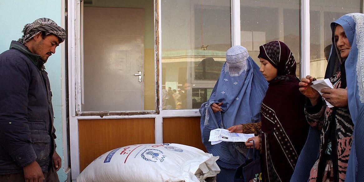 En tredjedel av invånarna i Afghanistan har inte tillräckligt med mat för dagen.