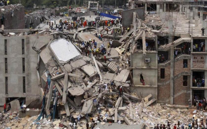 Textilfabriken Rana Plaza kollapsade 2013 i Savar, Bangladesh.