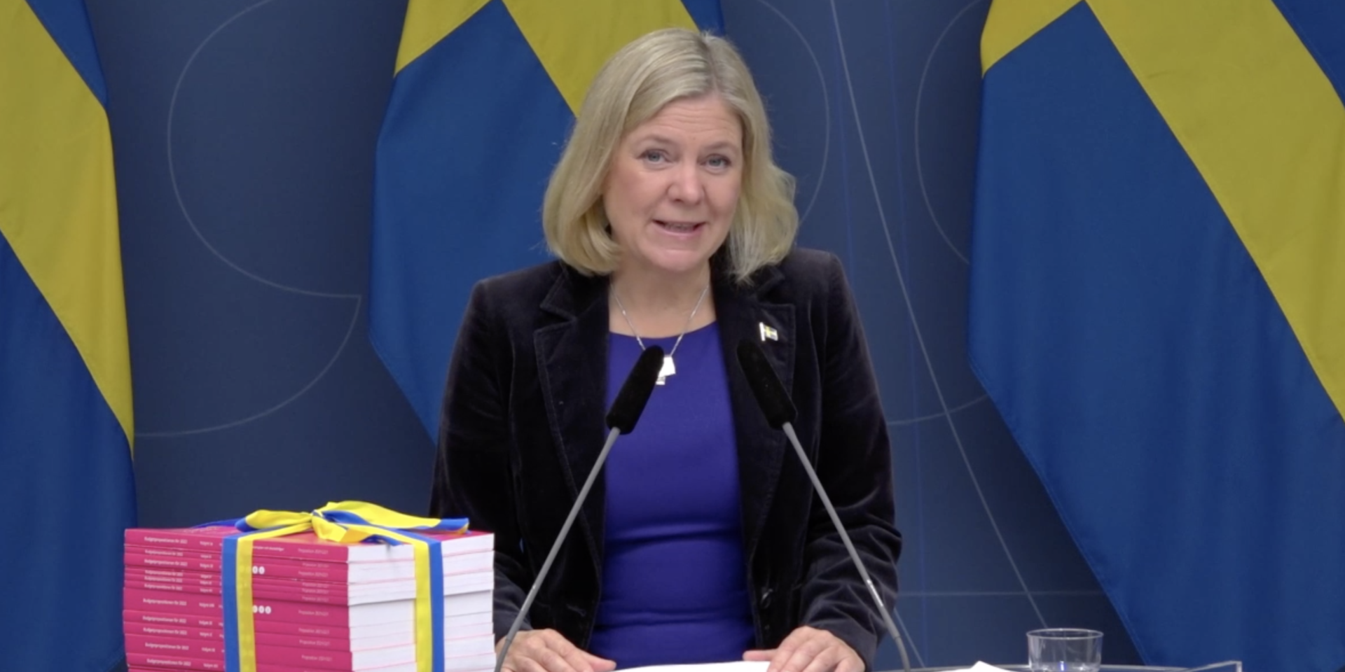 Finansminister Magdalena Andersson presenterar årets budget.