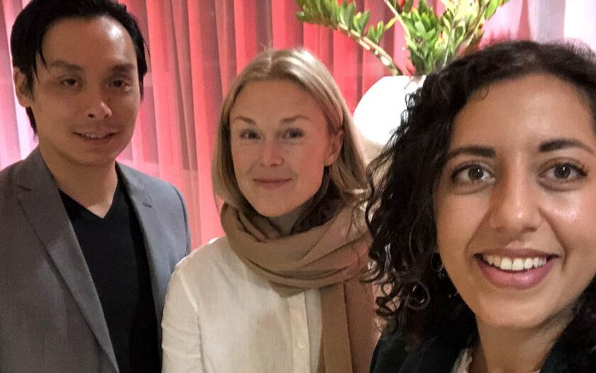 Tao Chan, människorättsaktivist och Sverigerepresentant för organisationen Befria Hongkong, Moa Kärnstrand, programledare och Simona Mohamsson, liberal politiker.