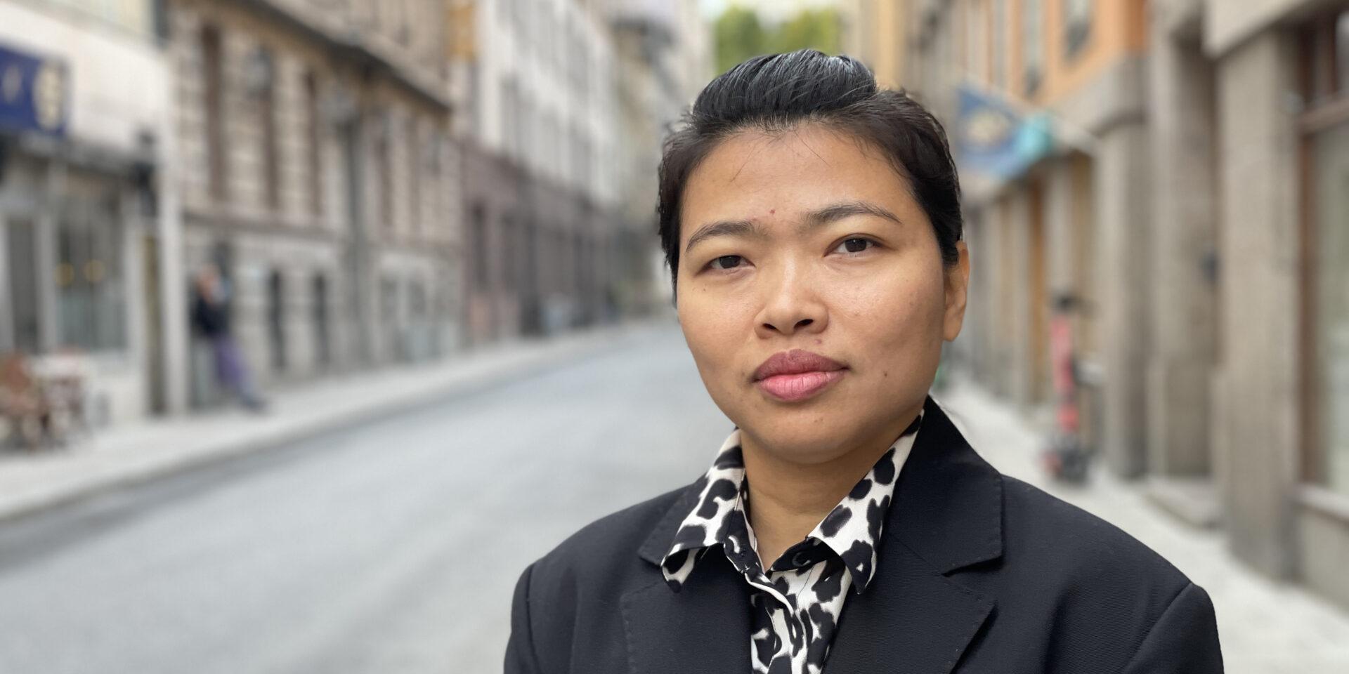 Fackledaren Khaing Zar, på besök i Sverige.