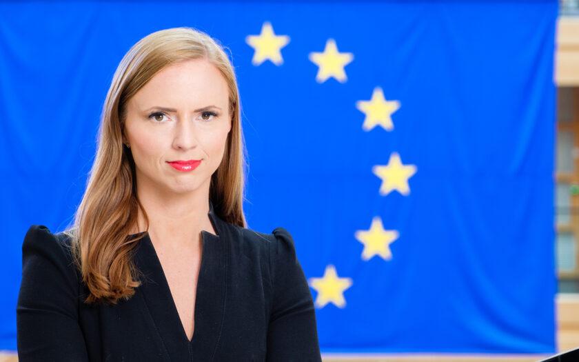 Sara Skyttdel, KD, var en av ledamöterna i Europaparlamentet som inte ville rösta för att rohyinger utsätts för folkmord.